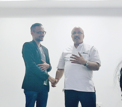 TM Ramanathan with TM Ganesh